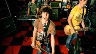 Jonas Brothers - Year 3000 (with lyrics)
