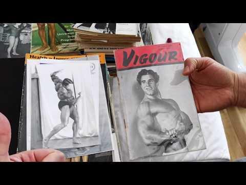 Rare Arnold Schwarzenegger photos, Reg Park, Health and Strength lot, Peak Muscle Maker! Is it Xmas?