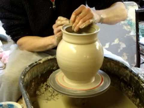 throwing-a-clay-pottery-cookie-jar-&-lid-on-the-wheel