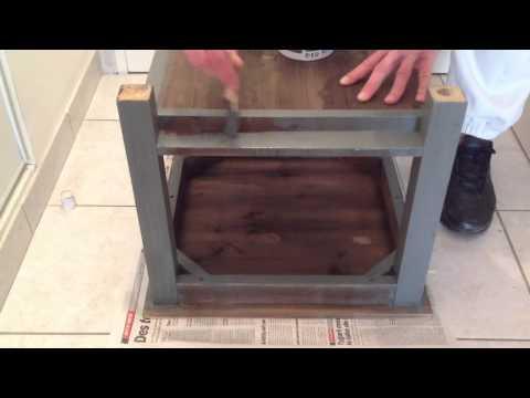 Peindre un meuble en bois - Peinture bois