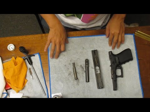 CLEANING A GLOCK 19 HANDGUN | FIRST TIMER | PINAY IN TEXAS