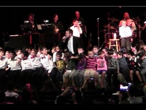 Baruch Levine Sings Vezakaini with Torah Academy of Boca Raton