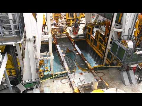 Skandi Constructor - whirlpool in the moonpool