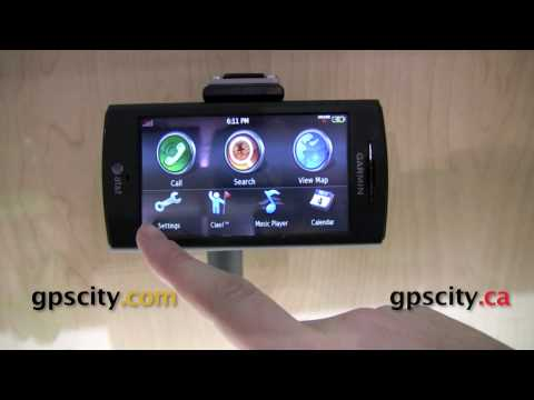 CES 2010 - Browsing the Garmin nuvifone by GPSCity
