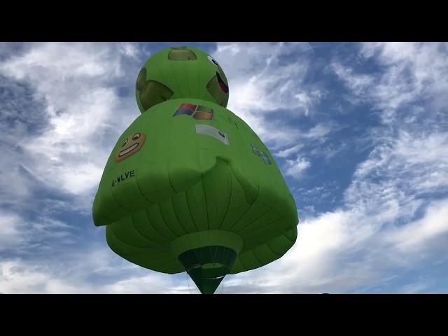 Windows Microsoft Männchen als Heißluftballon.