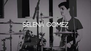Chris Kamrada - Selena Gomez -