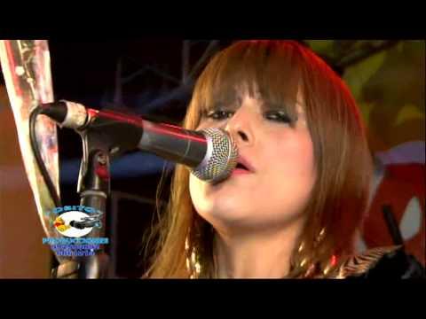 Corazón Serrano - Como Duele Tu Amor (En Vivo)