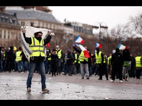 paris:-yellow-vests-march-against-pension-reform-|-catch-more-in-international-news