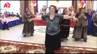Gypsy wedding-- И не нужны нам--90-60-90!