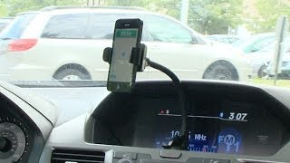 Cell phone holders for your car | Consumer Reports(, 2013-10-24T14:00:00.000Z)