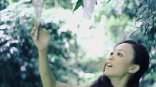 Download lagu Angeline 阿妮(M-Girls) 《叹香》 MV 全高清 【完整版】
