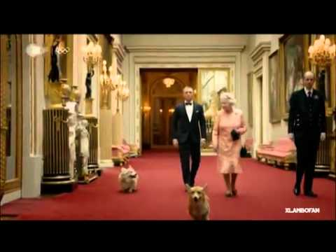 James Bond and the Queen elisabeth II  Olympics Games London 2012