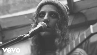 Annie Eve - Basement (Xperia Access Live at the Shacklewell Arms)