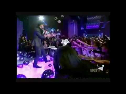 Trey Songz - Say Aah [OFFICIAL LIVE VIDEO]
