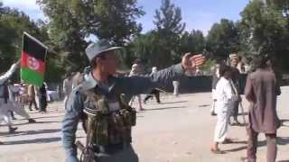 Afghanistan: Tajiks and Uzbeks fight in the streets of Taloqan.