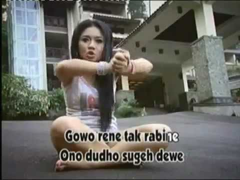 NGAMEN 9 Vidio Clip RATNA ANTIKA   YouTube
