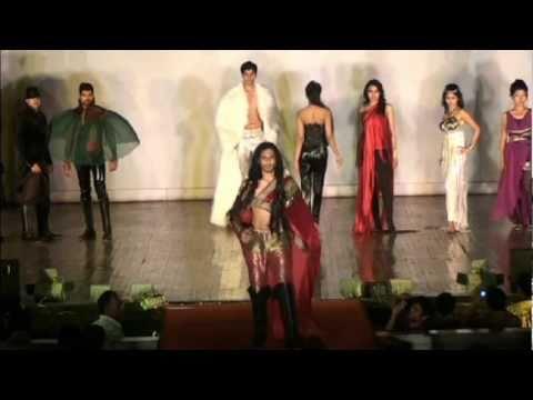 Glitz 'n' Glam @ PG Nite 2011, IIT Bombay