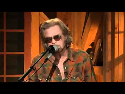 LFDH Episode 23-8_Daryl Hall with Todd Rungren_Wait For Me