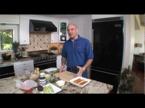 Bumble Bee Foods Webisode 1: Chef Scott's Tuna Roll - YouTube