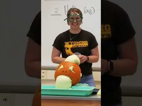 Oozing Pumpkin Chemistry Reaction K-12 Demo w Dr Burrows Secondary Science course at UWyo