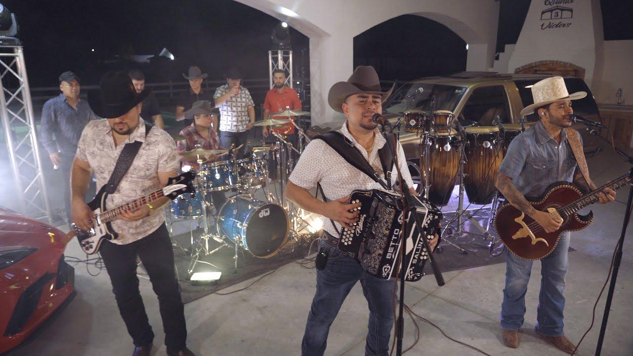 Los Igualados, Los Nuevos Relámpagos - El Coyote ( en vivo )