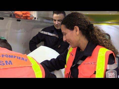 Karima, Infirmier sapeur-pompier volontaire.