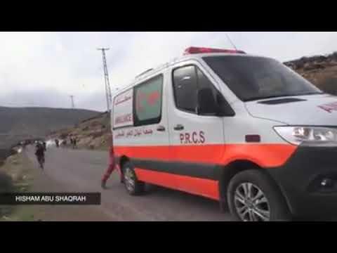 شاهد-  لحظة اعتداء الاحتلال على مصاب وطواقم الهلال والصحة تدين