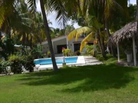 Solides Traumhaus direkt am karibischen Meer - kein ...