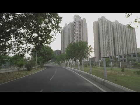 Driving in Greater Noida - Uttar Pradesh, India