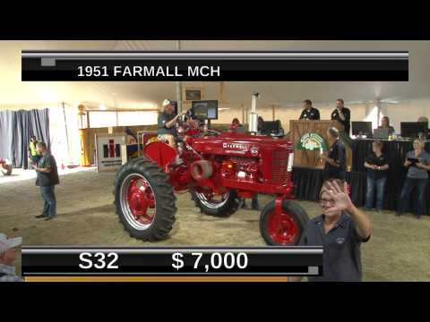 Gone Farmin Vintage Tractor Auction  - Show Two