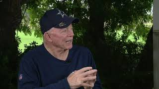 Jerry Jones sits down with Mike Doocy totalk about Zeke's holdout and more