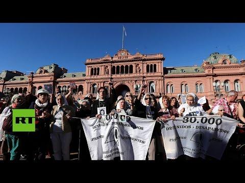 Argentina: Las Madres de Plaza de Mayo celebran 40 años de su trabajo