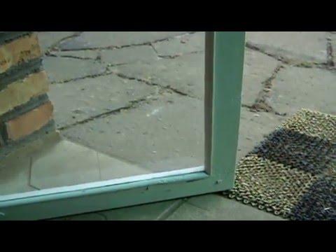 видео: Утепление дома .Стеклопакеты из деревянных окон своими руками. Альтернатива  окнам ПВХ.