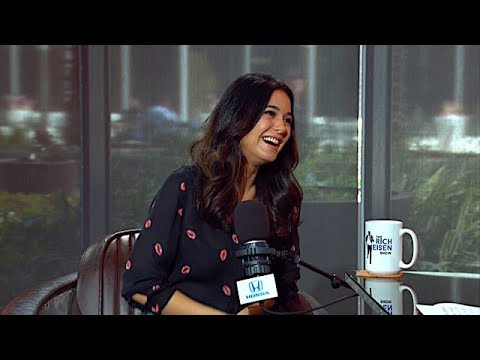 Emmanuelle Chriqui Talks Super Troopers 2, Entourage & More w ...