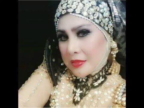 Ratu Dangdut Elvy Sukaesih - Hati Yang Patah