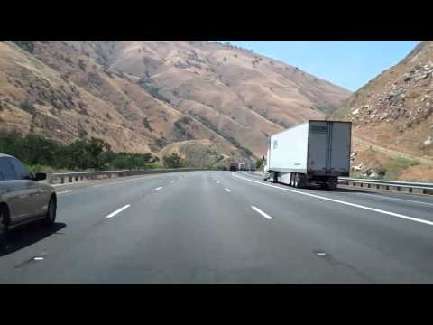 Interstate 5 in California, The Grapevine in Both Directions