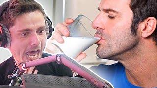 Il boit le lait de sa femme et il adore ça thumbnail