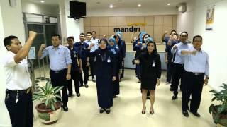 yel - yel bank mandiri Surabaya mulyosari 2015