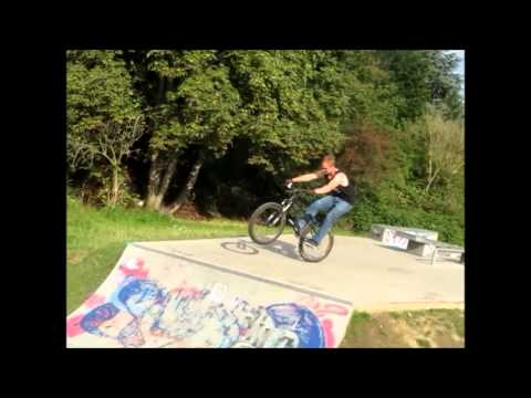 Fabian Keller - Manual to Drop In to Downwhip Transfer