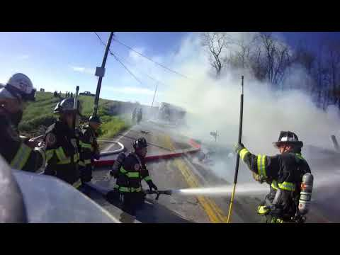 Engine 502 Assists 59 on Working Barn Fire *Helmet Cam*