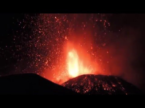 MT Etna Eruption 2015 Lightning Sicily, Italy Part 1