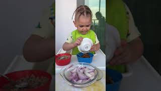 """Aliasaf""""ile kurufasilye soğan yeme sanatı"""