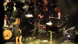 Le Piano de la Plage (Trenet) ~ Elsa Canovas & Benjamin Biolay @ Folies Bergère (30/06/2015)