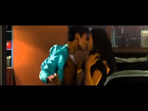 HD Kiss Scene   T O P and Honey Lee from Tazza 2