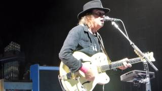 neil young walk on lincoln ne 7 11 2015