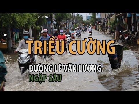 Nỗi khổ người Sài Gòn khi triều cường lên đỉnh