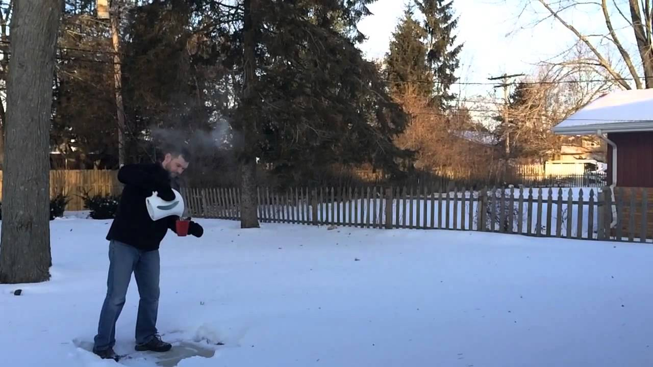 Boiling water freezes in midair in the cold