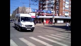 Кортеж Дмитрия Медведева проехал по центральной улице Саратова. Нехило!!!
