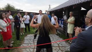 Танцевальный батл на свадьбе, подружки невесты порвали танцпол