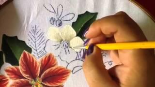 Pintura em tecido de flores brancas